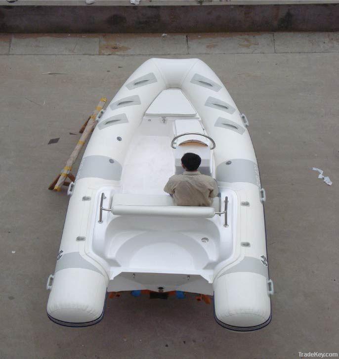 rigid infatable boat