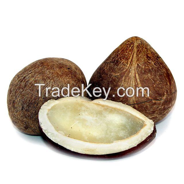 Copra / Dried Coconut