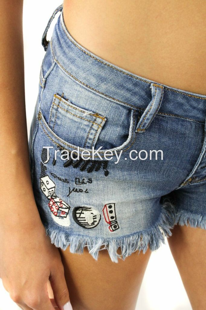 Decorated Frayed Jeans Mini Shorts