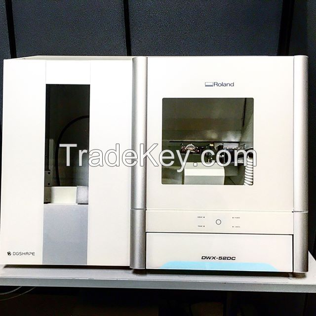 Roland DWX-52DC 5-Axis Dental Milling Machine With Automatic Disc Changer
