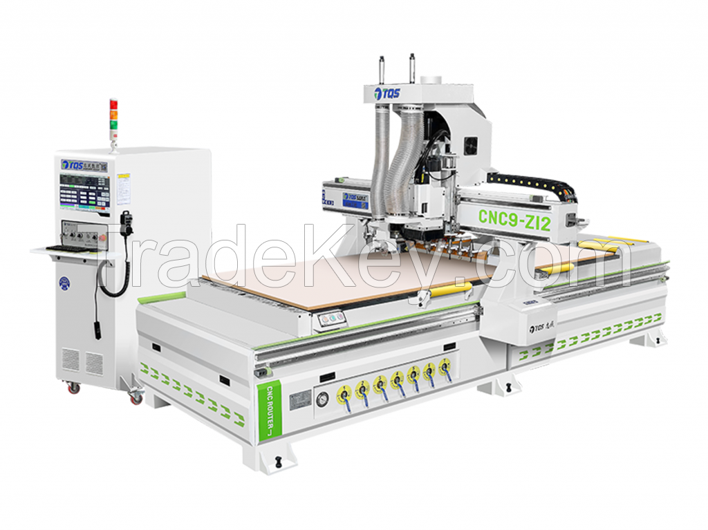 Nesting Centre with Linear Tools Changer