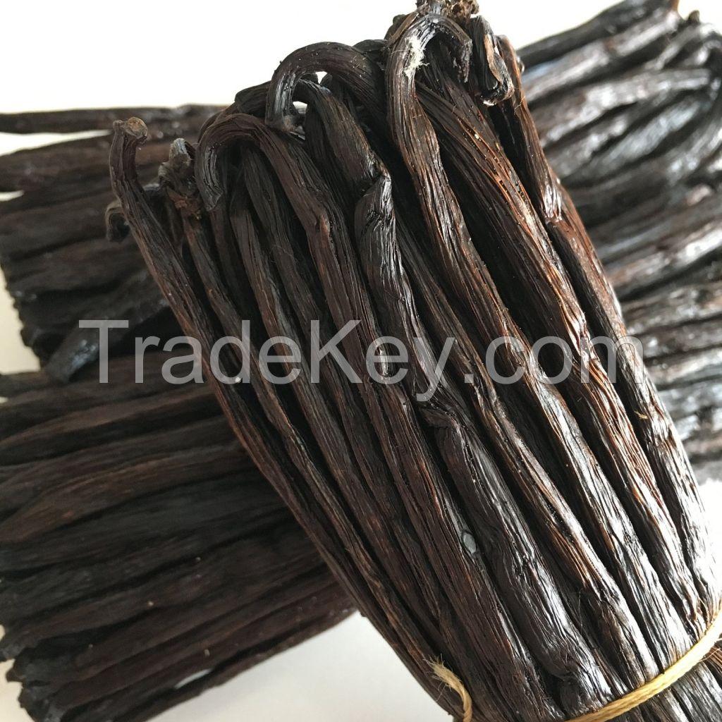 High quality  black vanilla beans.