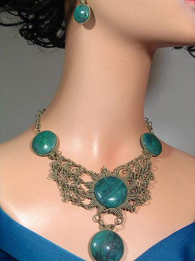 Necklaces/Earrings sets Special Edition 5 stones
