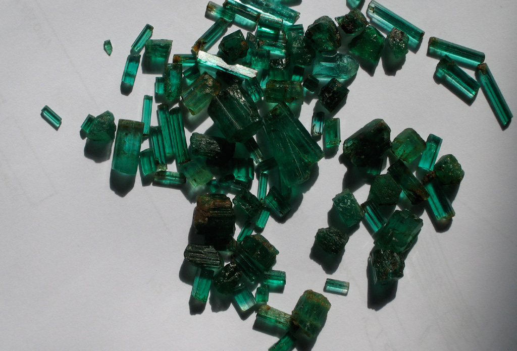 Natural Uncut Raw Rough Emerald