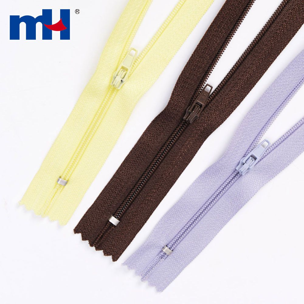 Open End and Closed End Nylon Coil Zippers for Garments and Textile Sewing