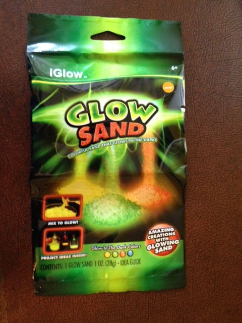 GLOW SAND NEW GLOW in the DARK NOVELTY TOY DISTRIBUTORS WANTED WORLDWIDE CREATES ITS OWN LIGHT ! NO UV BLACKLIGHT Needed. Glows for Hours.