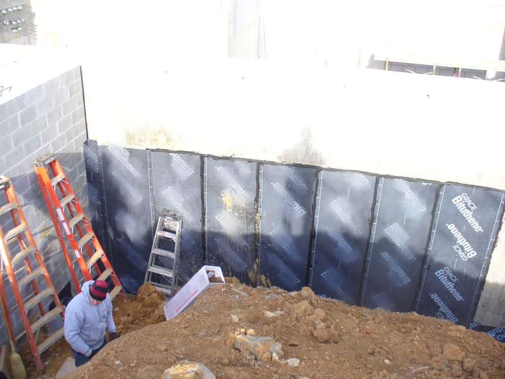 BITUMEN MODIFIED WATERPROOFING SHEET MEMBRANE 2SQ PEAL AND STICK ROLL