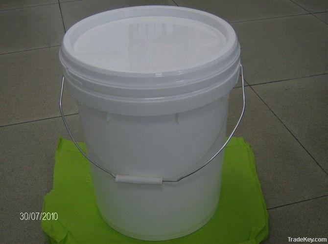 plastic paint/chemical bucket