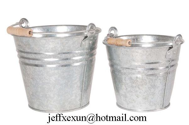metal buckets  galvanized buckets