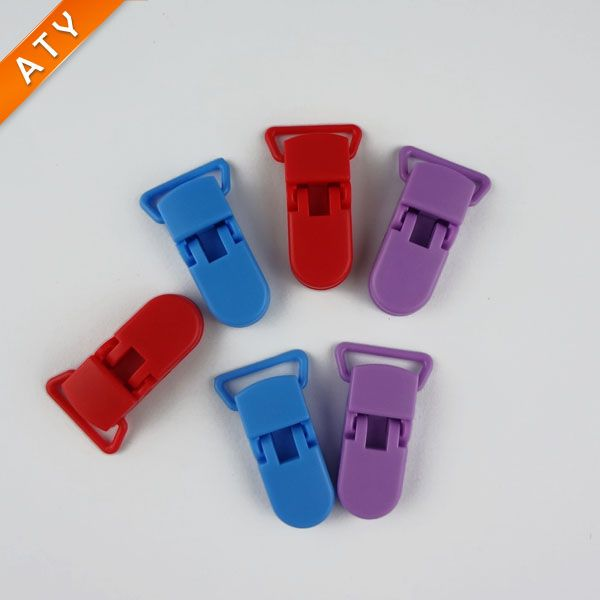 Suspender Plastic Clip with Gripping Teeth for Toy Holder Clip