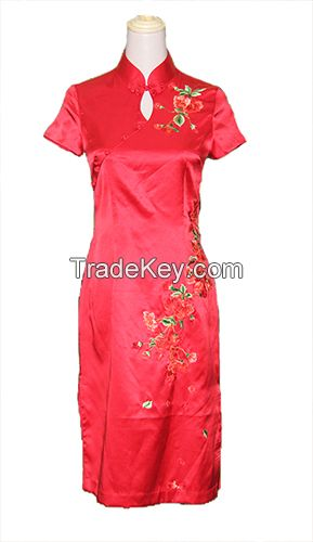 Embroidery Cheongsam By Hands