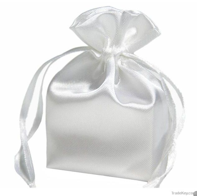 china cheap gift packaging bags