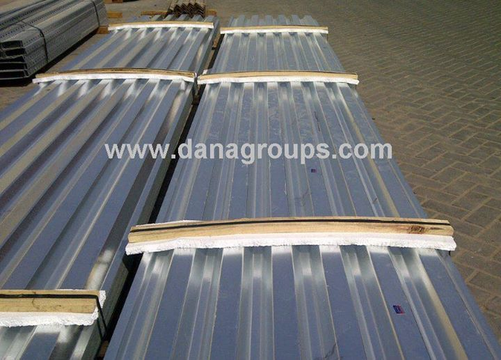 UAE SINGLE SKIN PROFILED CLADDING SHEET