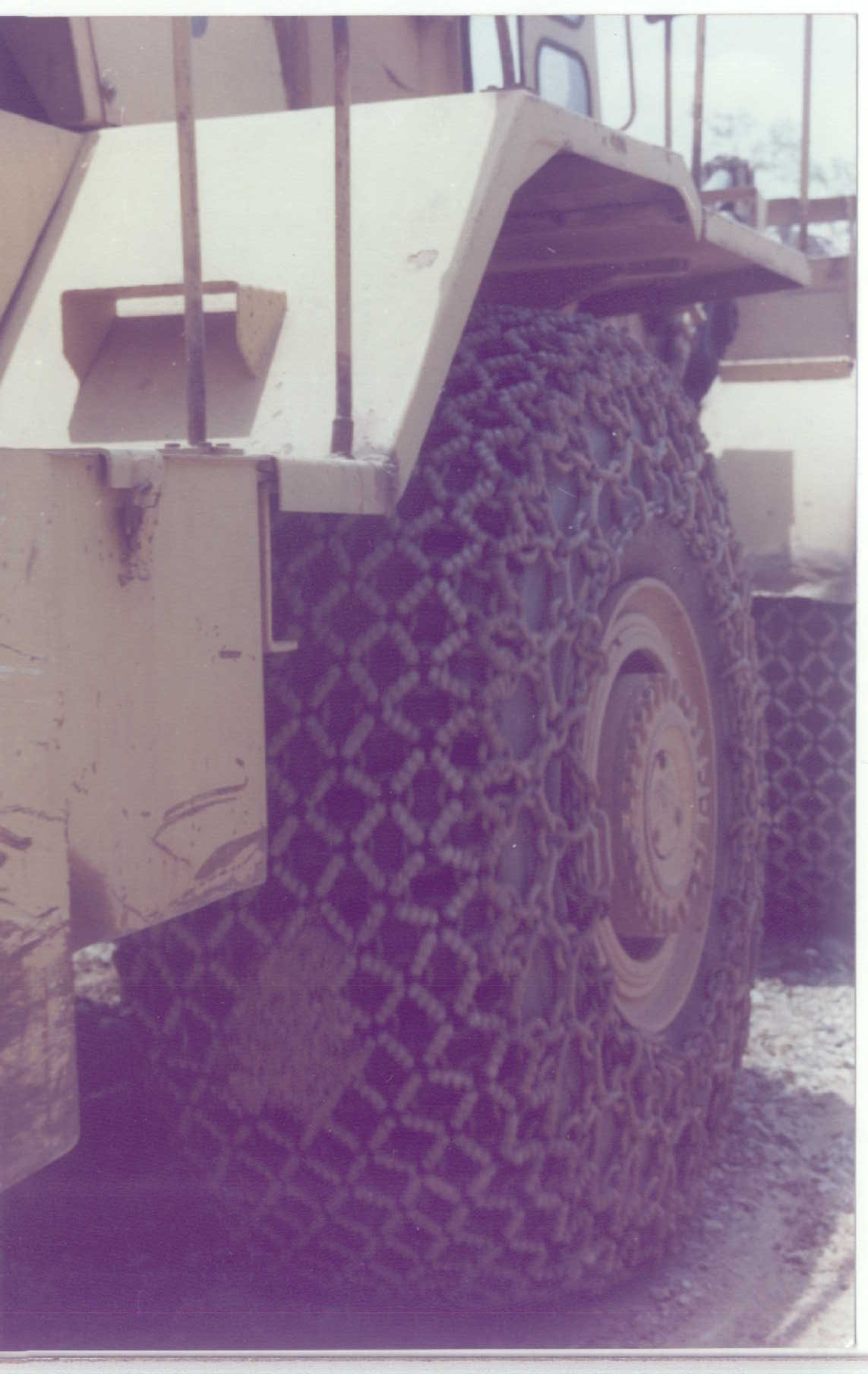 tyre / tire protection chains