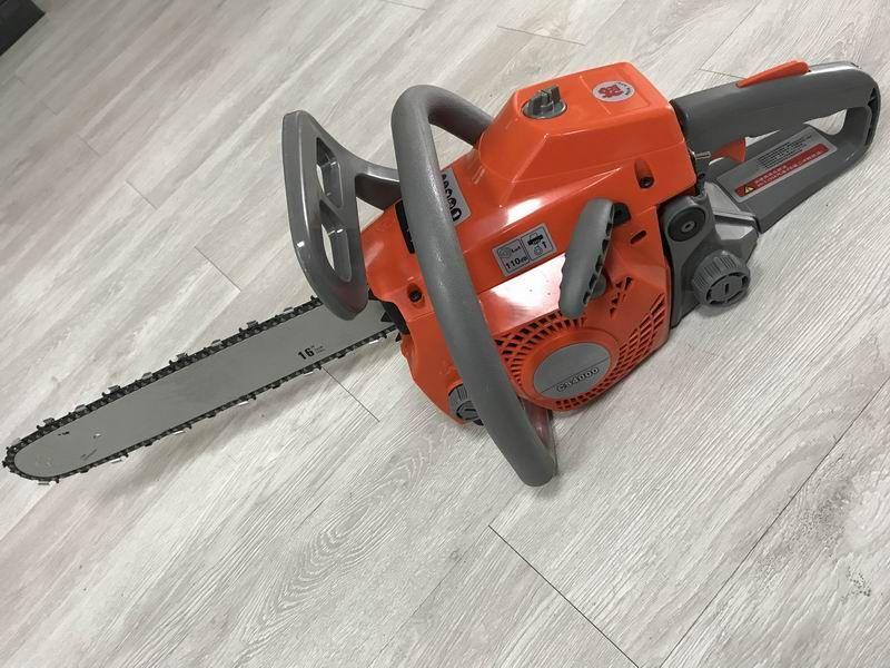 Good Quality 40cc Gasoline Chainsaw, CS4000 Oil Saw, Timber Cutting Saw, Garden Chainsaw