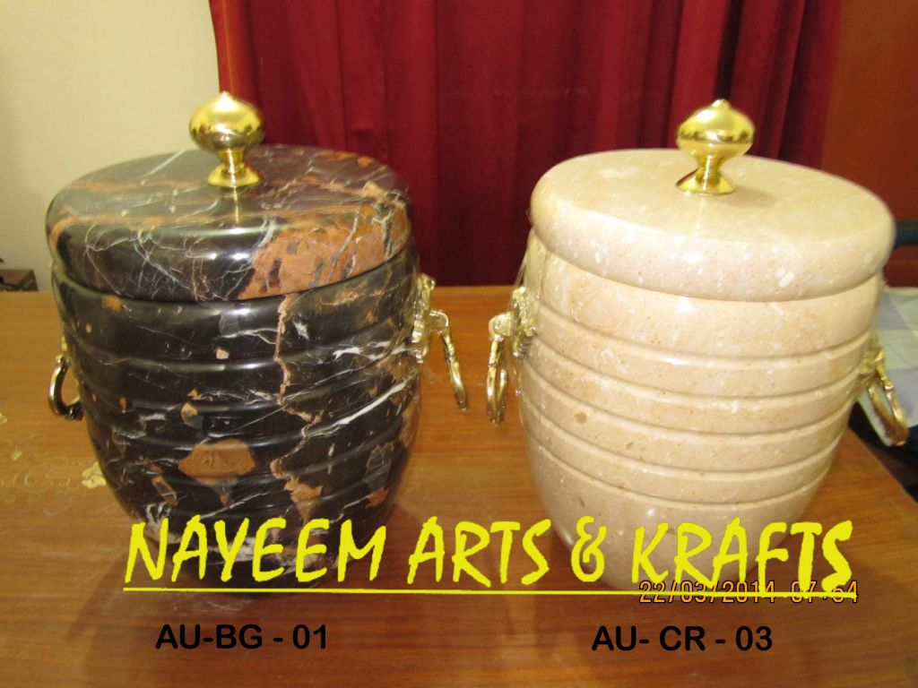 Stone Cremation Urns  For  the  Golden Memories.