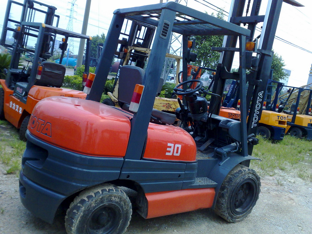 used japan forklifts