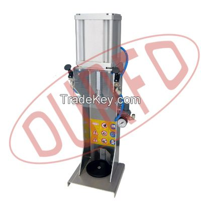 Manual Capping Machine for Crow Caps - TPC400