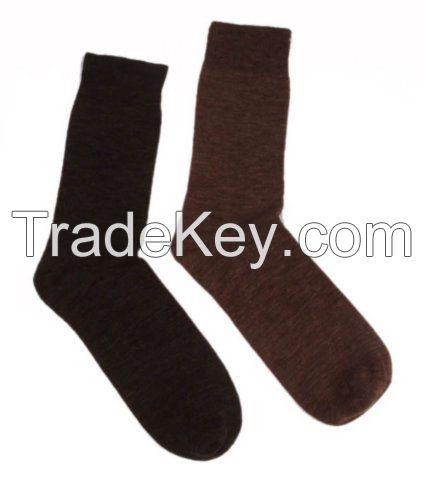 Hosiery (socks, leggings etc)