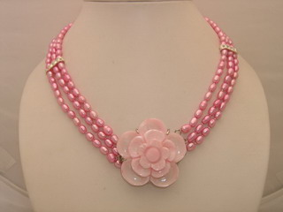 Necklace of Fresh Water Pearls Wholesale