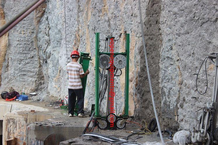 Diamond Wire Saw, hydraulic wire saw N Wire Cutting Machine By China ...
