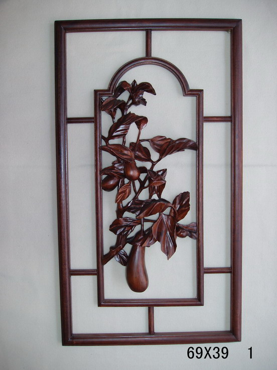Home wall hanging woodcarving