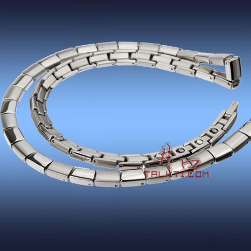Titanium pendant