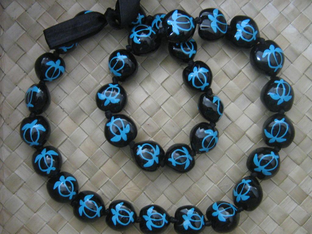 Hawaiian Kukui Nut Lei Necklace Wholesale-Retail