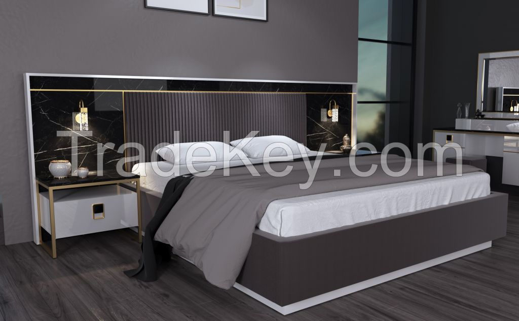 Sapphire Bedroom Set With Bright White Panel