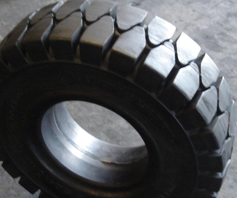 ARMORTEC Solid Tyres