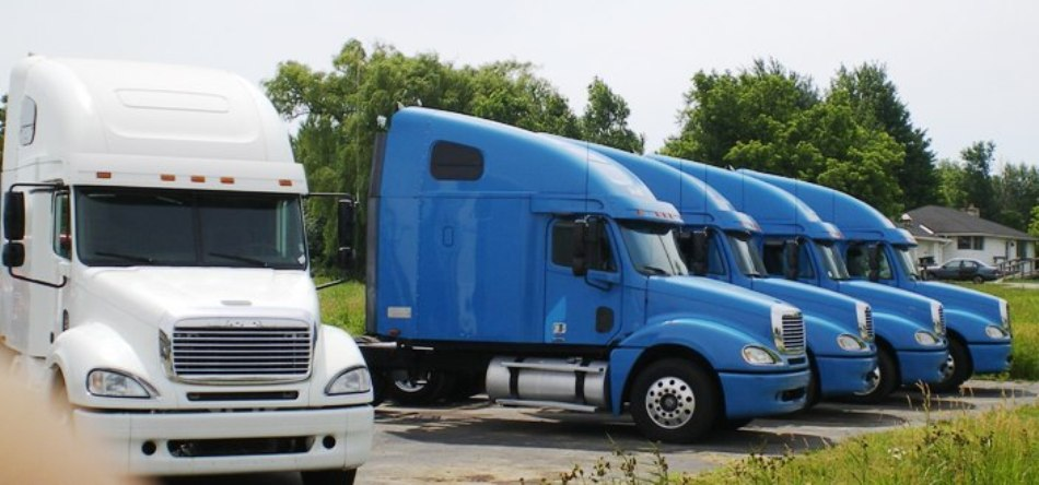 EXPORT /Equipment , trucks and trailer locators
