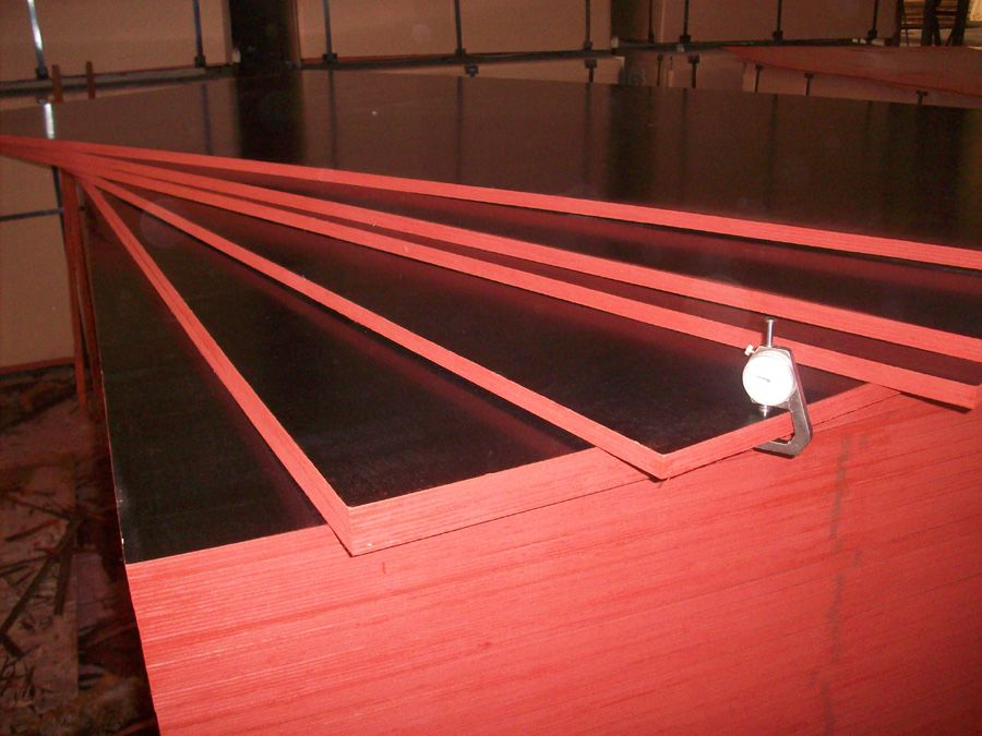Black Film Faced Plywood 1220x2440x18MM,