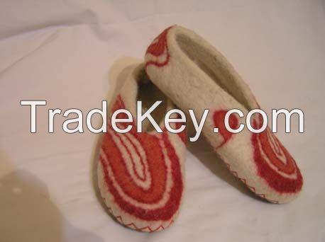 Handmade Felt Indoor Slippers