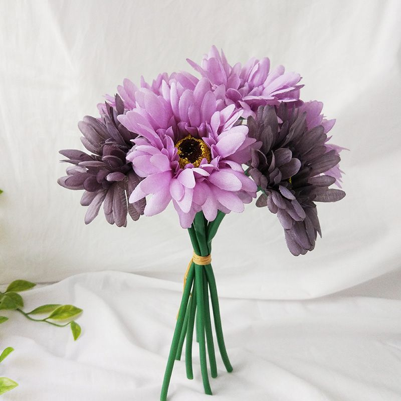wholesale artificial chrysanthemum flowers vintage silk herbaceous daisy fake sunflowers bouquet home bridal wedding hotel office party garden decoration