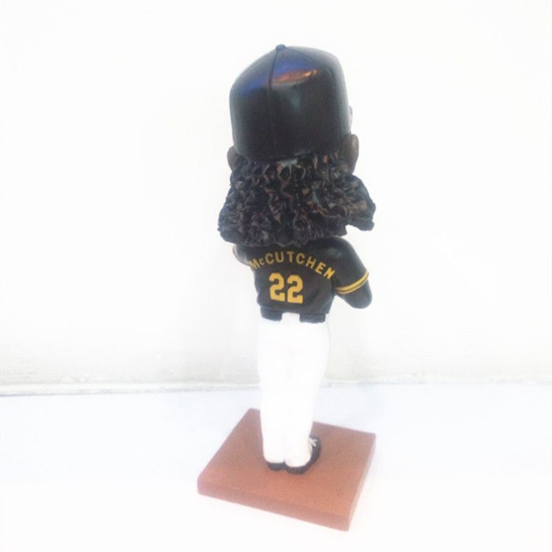 OEM chinese factory custom kinds of basketball ,baseball ,football player resin bobble head statue figurines gifts home ornaments