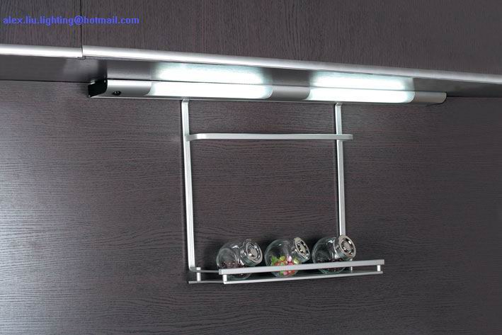 LED cabinet light with motion sensor