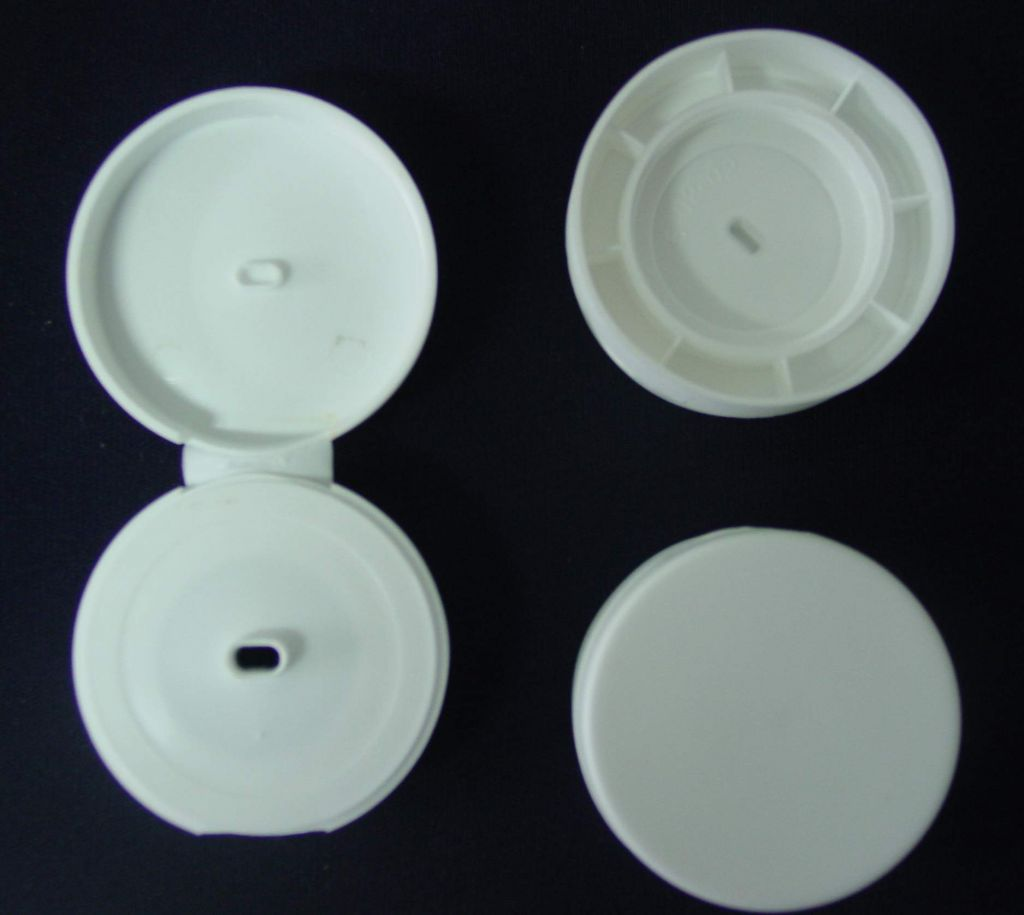 Kinds of Bottle Caps or Closers