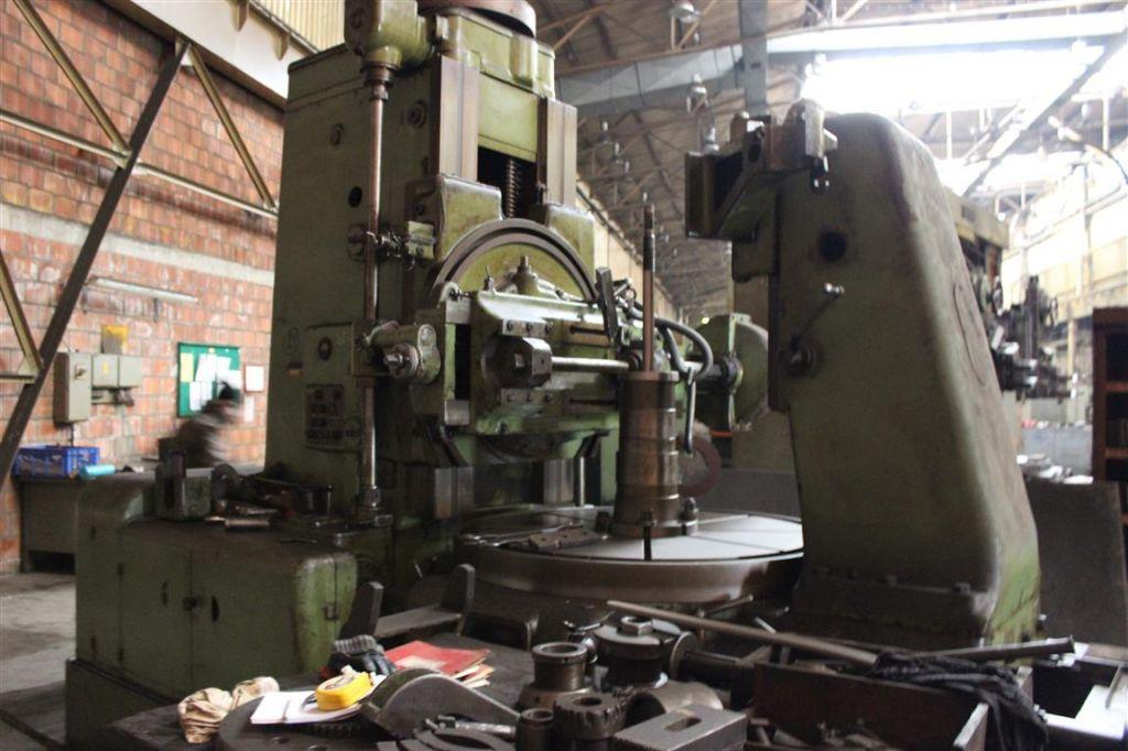 Gear Hobbing machine TOS FO 16