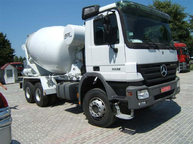 Mercedes Concrete Mixer 3335B