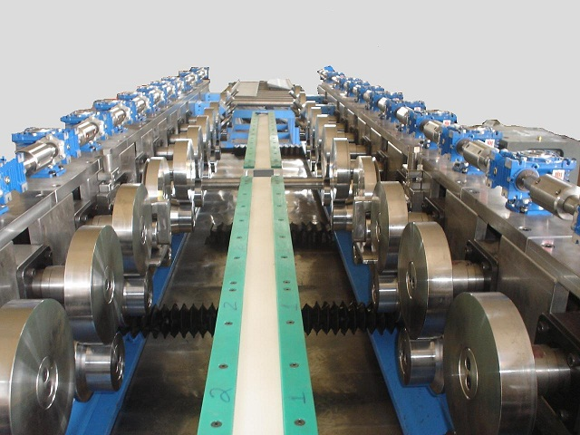 CABLE TRAY ROLLFORMINF MACHINE