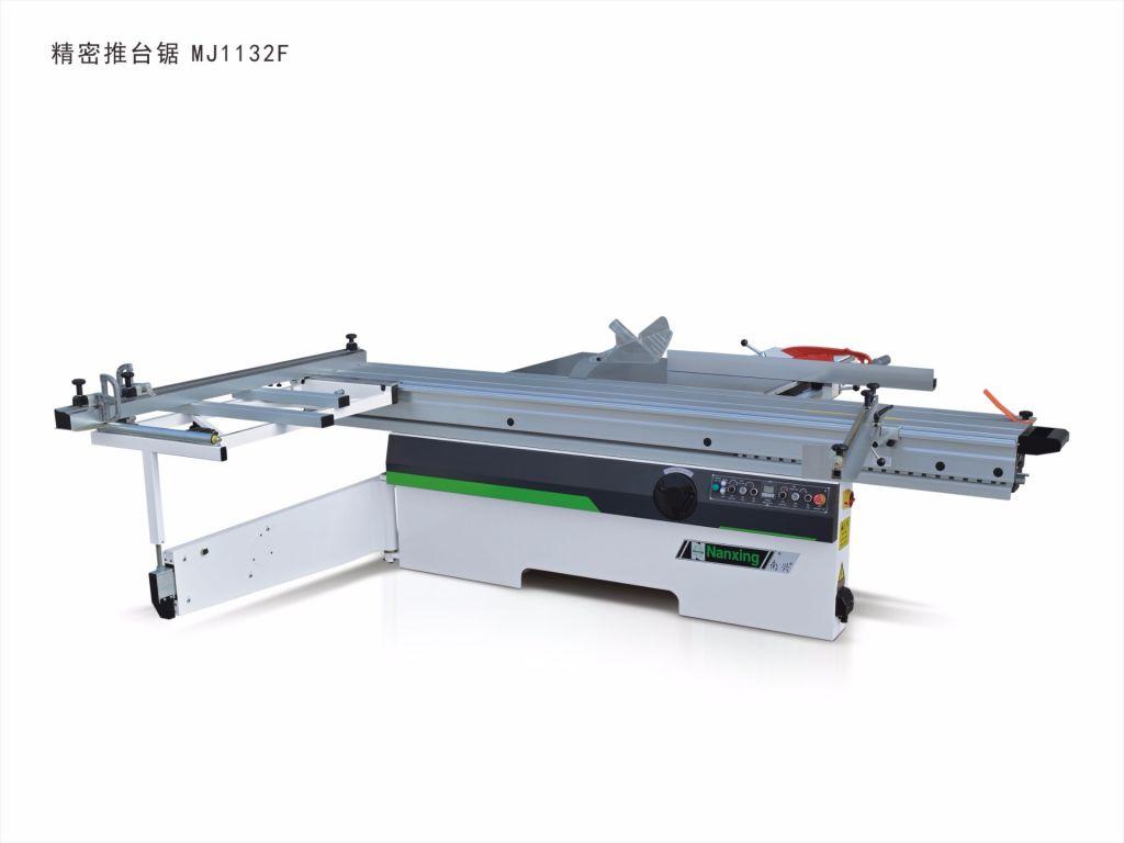 precision sliding table saw