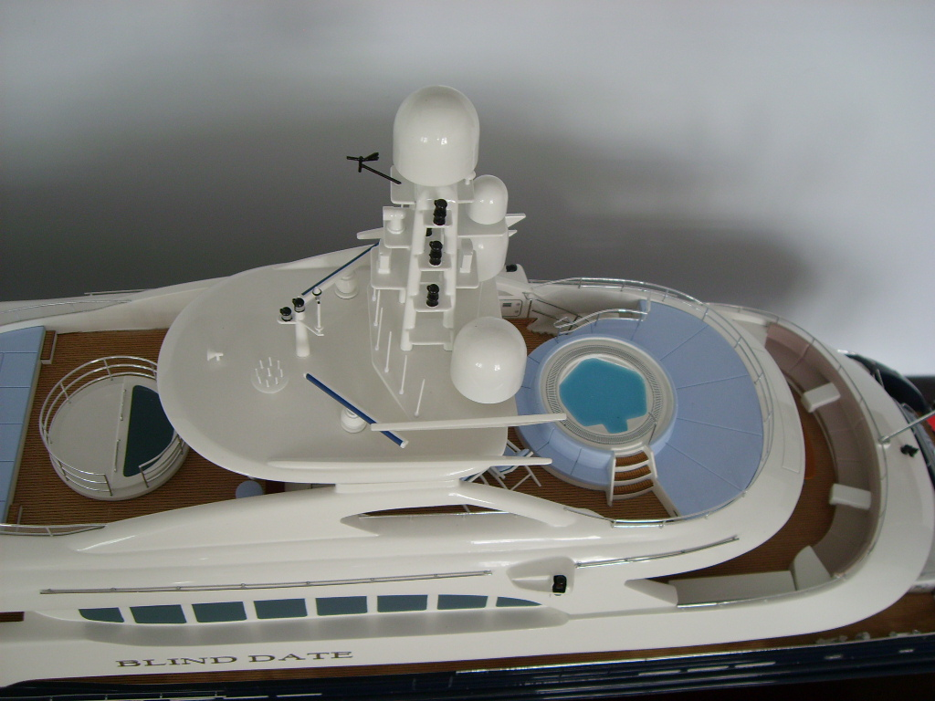 HOT! BLIND DATE Yacht Model