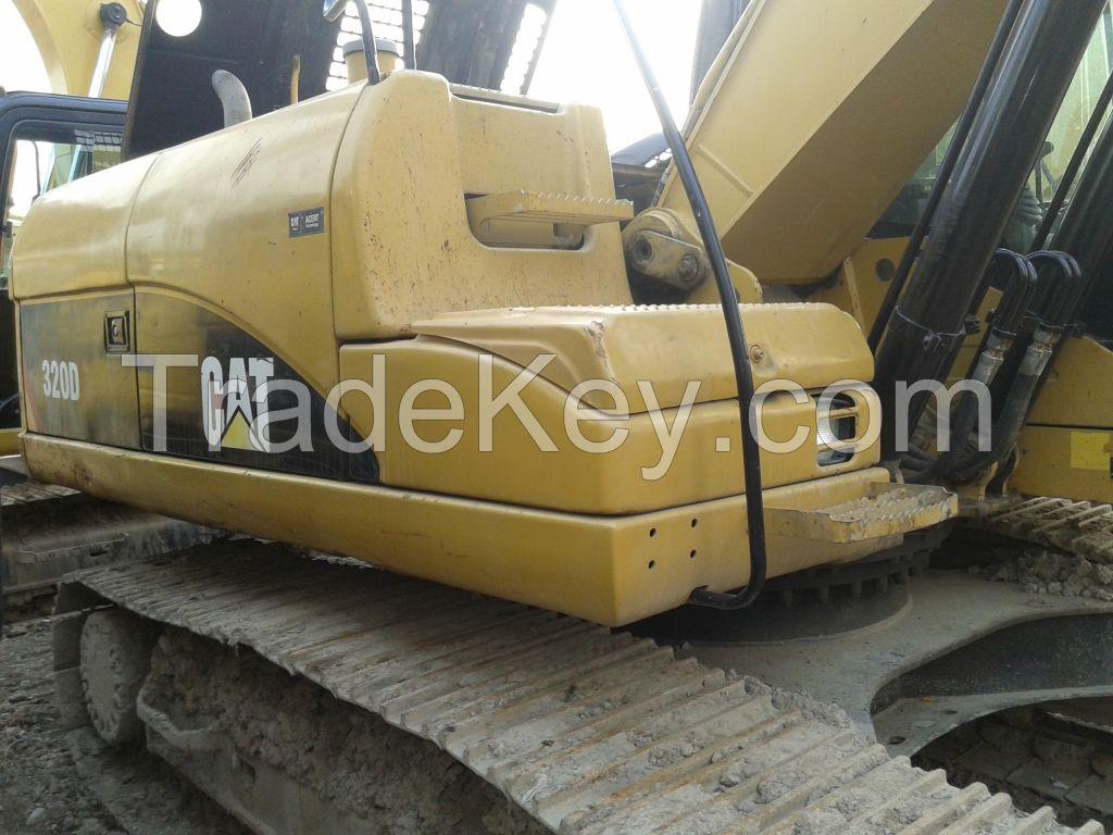 used caterpillar 320D excavator