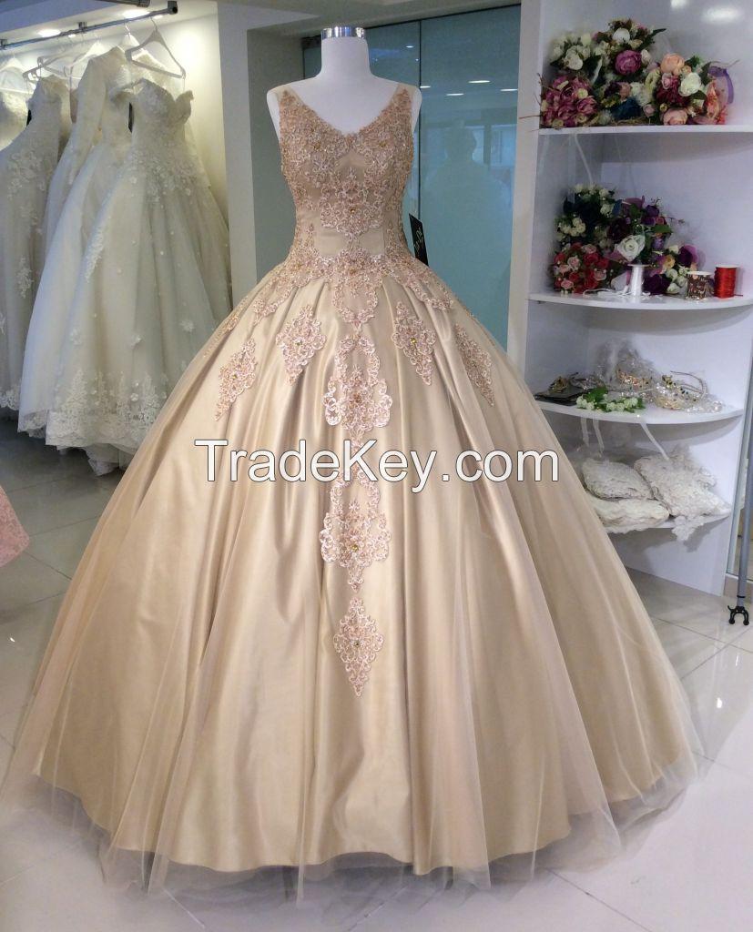 chic wedding dress