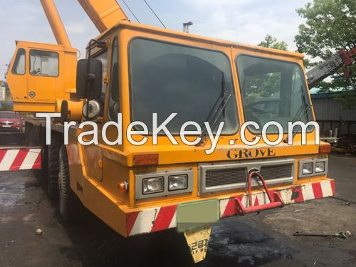 GROVE TM750E Truck Crane