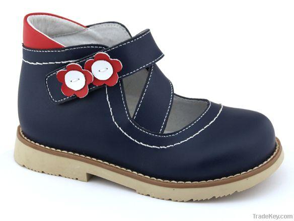 4712723 Corrective footwear