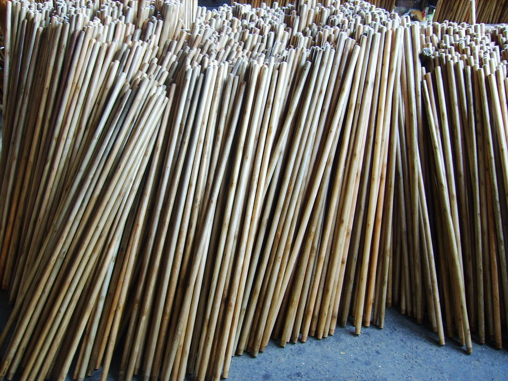 Wooden Broom Handles