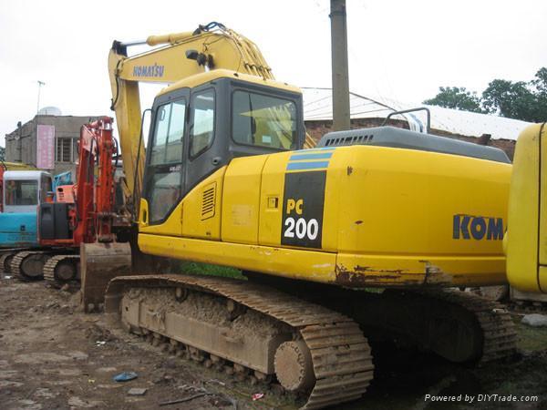 Komatsu Excavator PC200-8