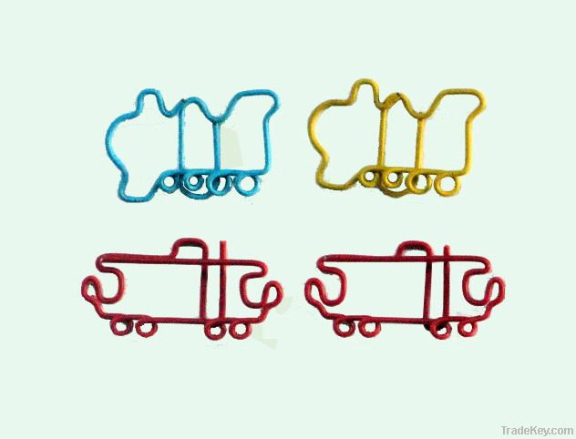 Train shaped paper clips