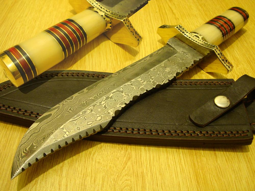Custom Damascus steel knife